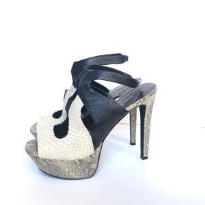 Shoes - Jessica Simpson Snakeskin Platform Heels Bendie 8B